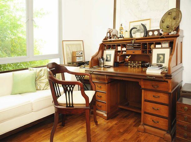Customers' Homes - Roll Top Desk It's a Man's World - The Past Perfect collection - Singapore