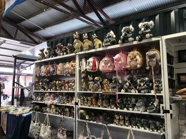 Allanson Souvenirs  - General Retailers In Melbourne 3000