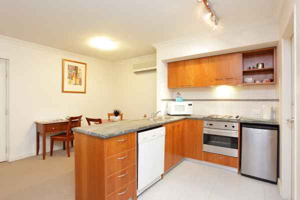 Mounts Bay Waters Apartment hotel - Hotels In Perth 6000