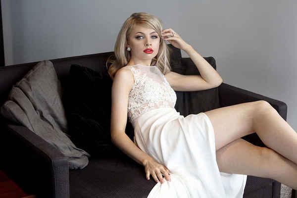 Naomi Peris Bridal - Bridal Wear Retailers In Narrabundah 2604