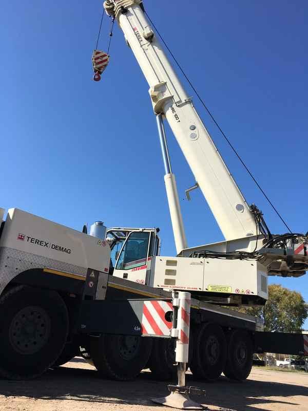 QRC - Queensland Rigging and Cranes - Building Construction In Warana 4575