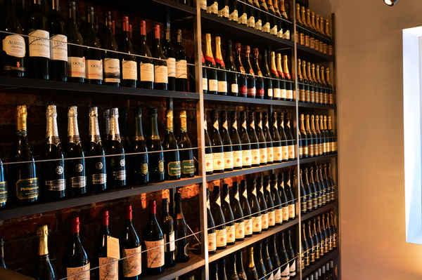 MV Bistro & Wine Bar - Restaurants In Surry Hills 2010