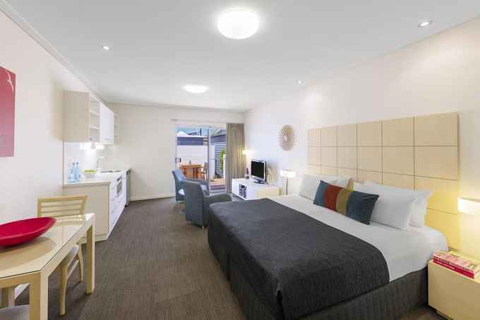 Photo for Geraldton serviced & furnished Apartments- Hotels in Beresford 6530 , Western Australia