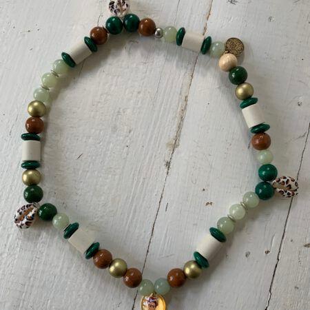 Antizecken-Halskette mit EM-Perlen und Aventurin, wirkt stimmungsharmonisierend und stärkend