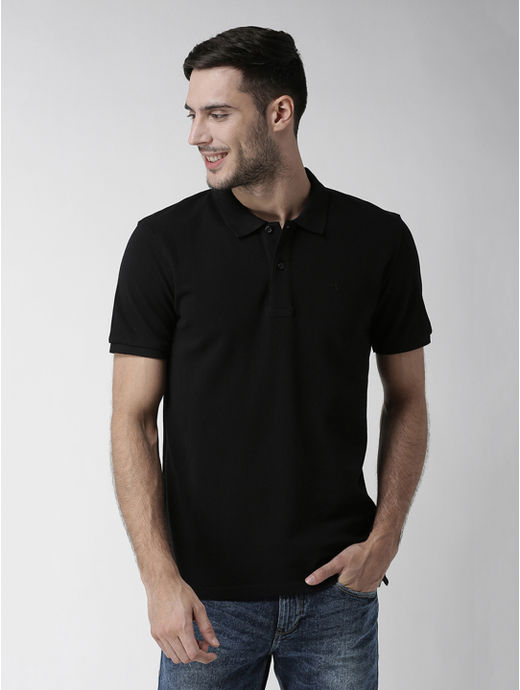 Black Solid Straight Fit T-Shirt