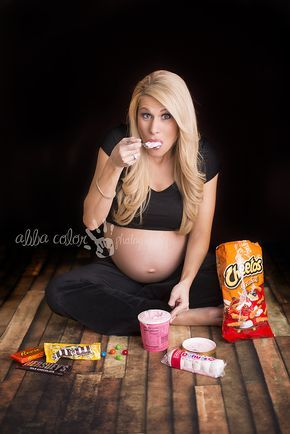 Maternity Photoshoot with food