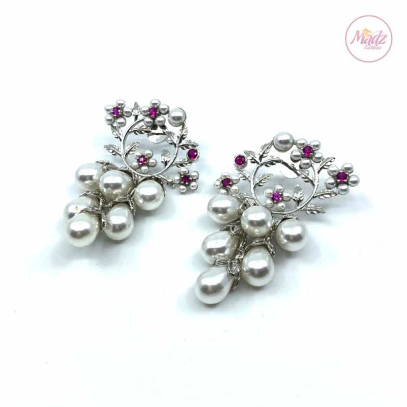Madz Fashionz UK Jhumka Earrings, Indian Jewelry, Indian Earrings, Kundan Earrings, Big Jhumka Earrings Silver Pearled Pink White Pearl Jewellery SBRK