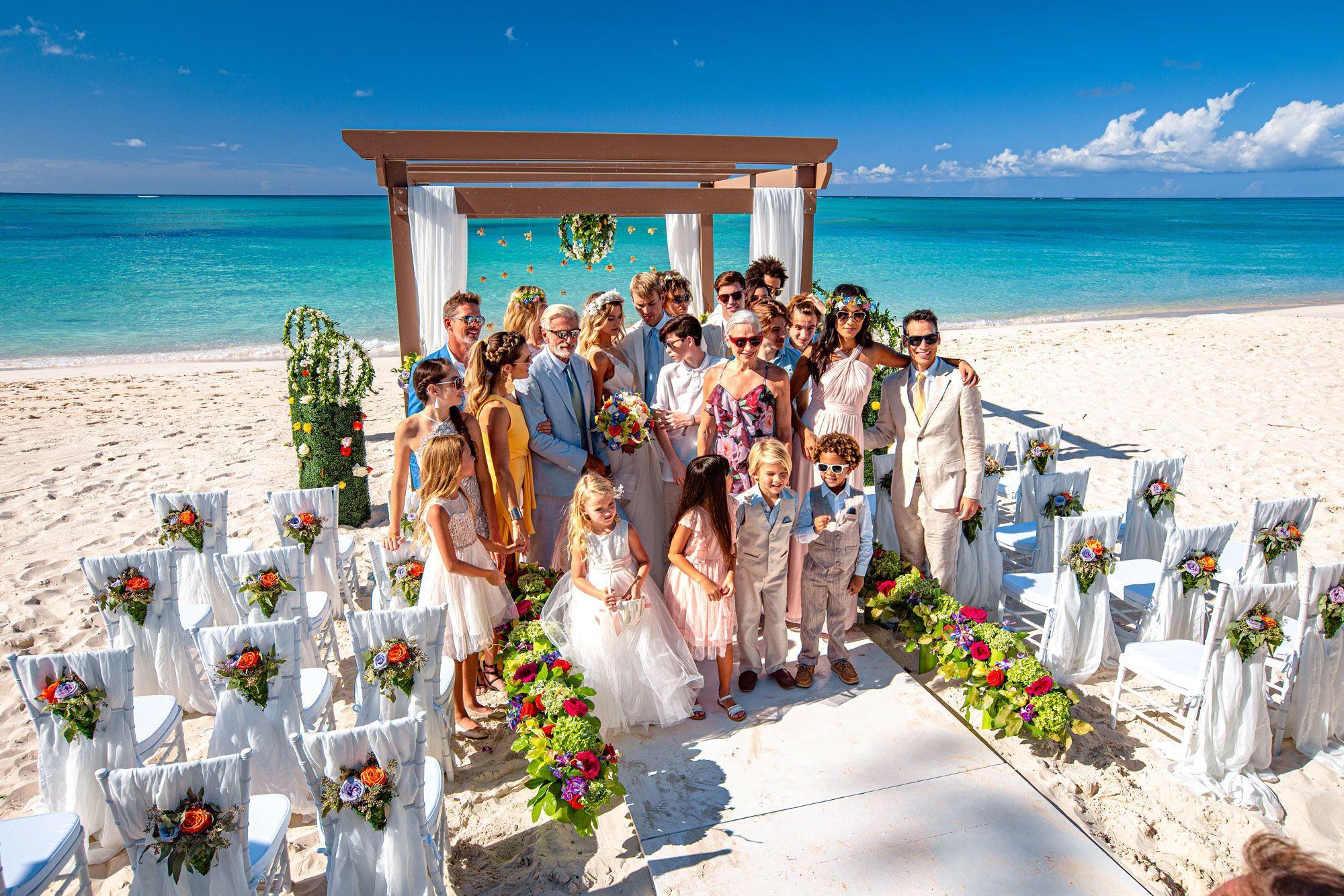 Persiapkan Beberapa Hal ini Jika Ingin Menggelar Pesta Pernikahan Di Pantai