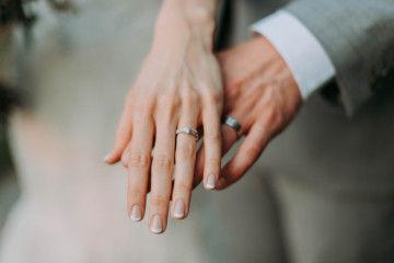 Kesalahan Pria Saat Membeli Cincin Pernikahan