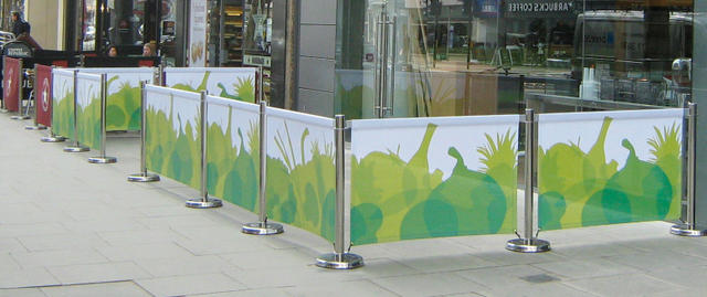 Advantages of MAY Cafe Barriers Corporate design up to the exterior