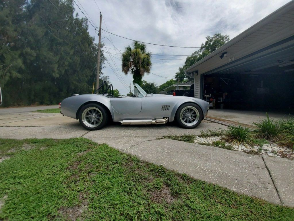 almost comlpeted 1965 Shelby Cobra Roadster Replica