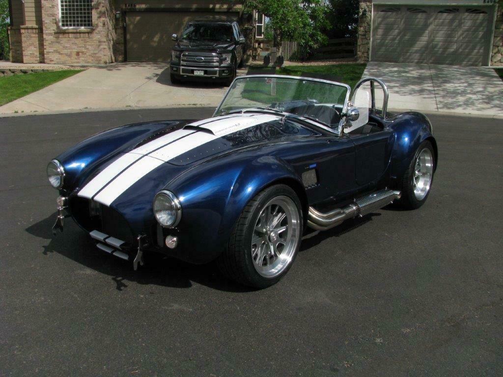 powerful 1965 Shelby replica