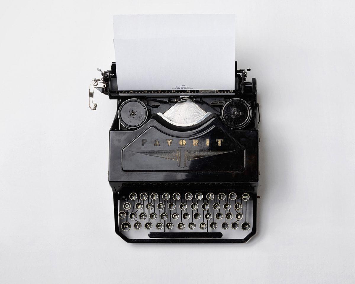 typewriter for screenwriting