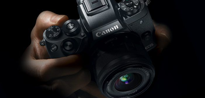 EOS M5 in hands