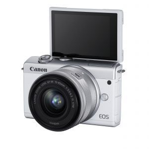 Canon EOS M200 Tiltable LCD screen for selfies