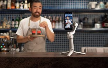 DJI OM4 smartphone Gimbal in Kitchen