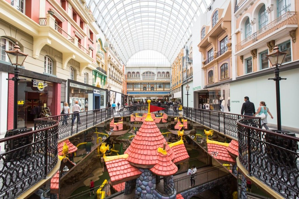 West Edmonton Mall_Tom Young-3814