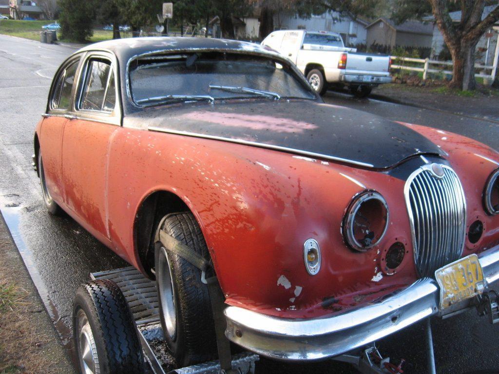 The not so obvious hotrod …1957 Jaguar Hotrod ratrod project