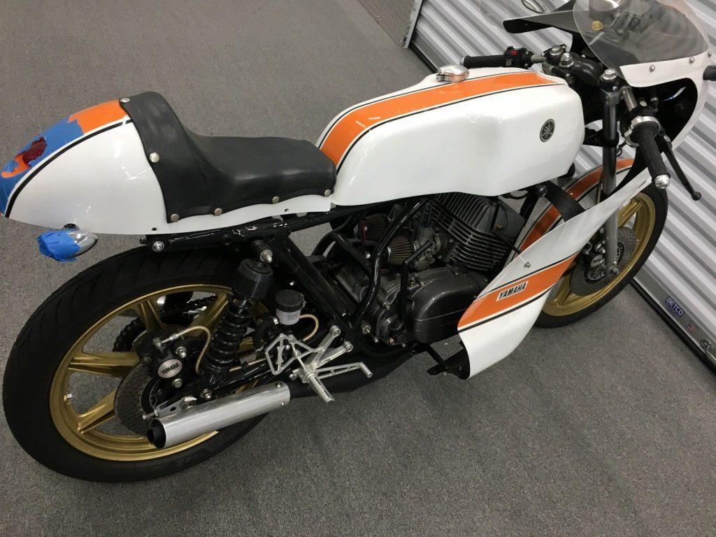 VERY NICE Build 1974 Yamaha RD