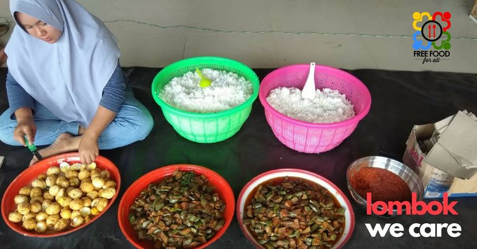 Free Food for All set up a community kitchen in Lombok after thousands of residents were affected by powerful earthquakes in August 2018