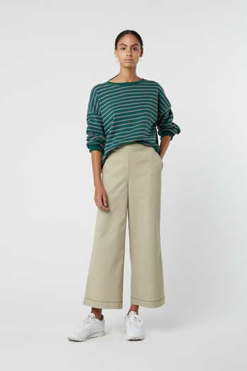 Sweatshirt J005