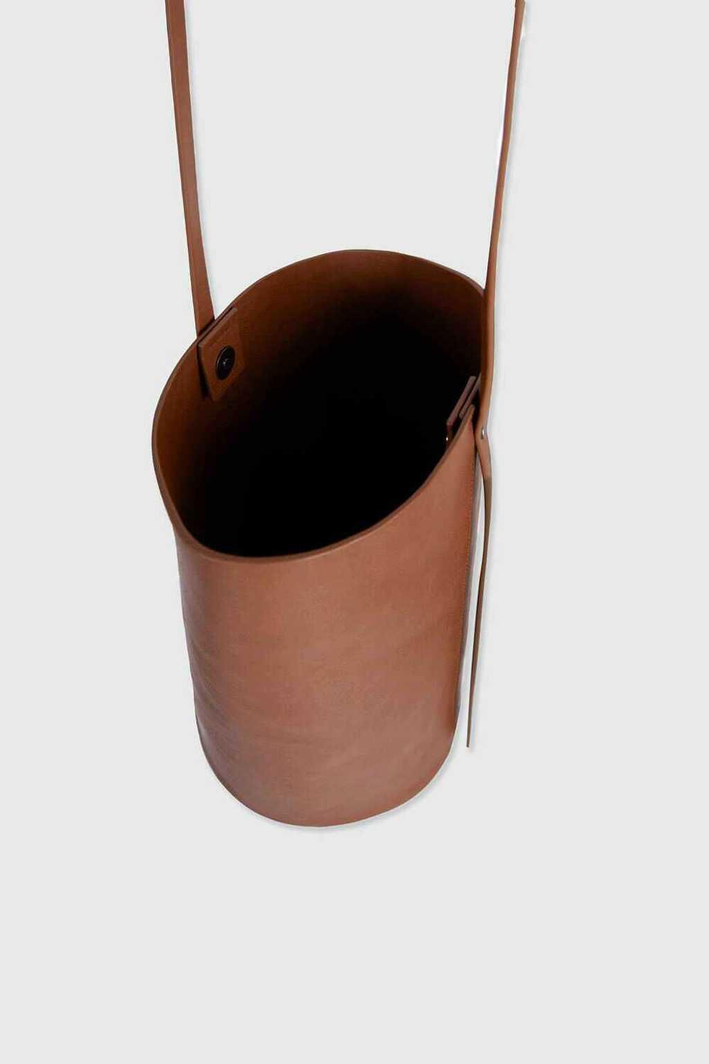 Bucket Bag 3350 Brown 12