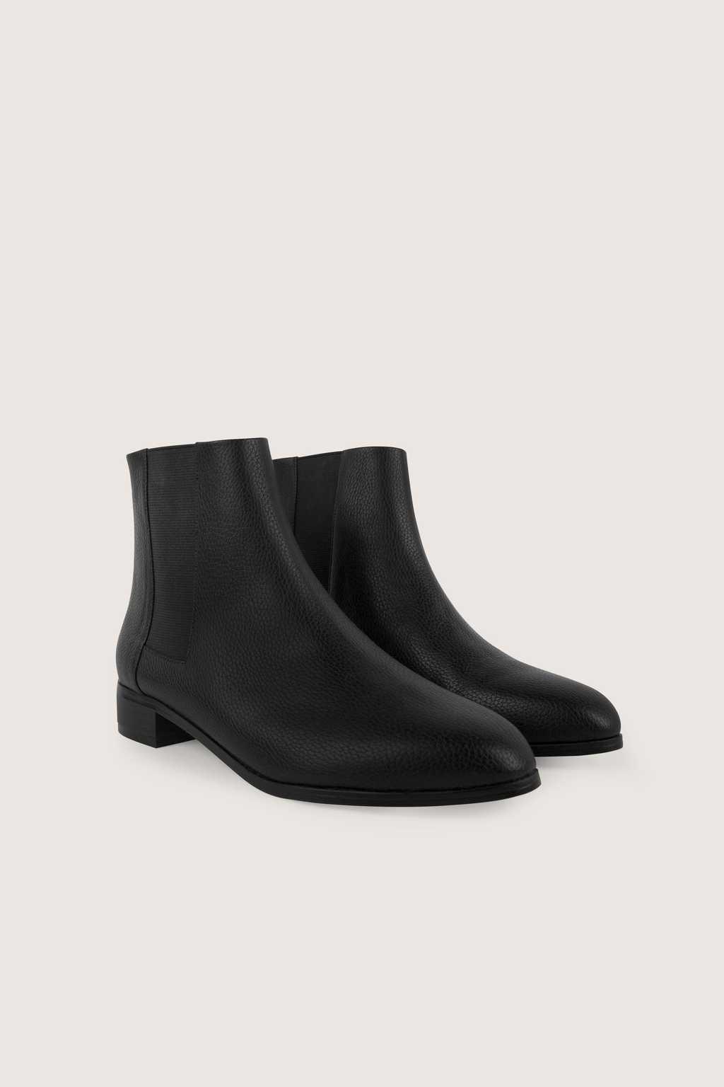 Chelsea Boot 1628 Black 2
