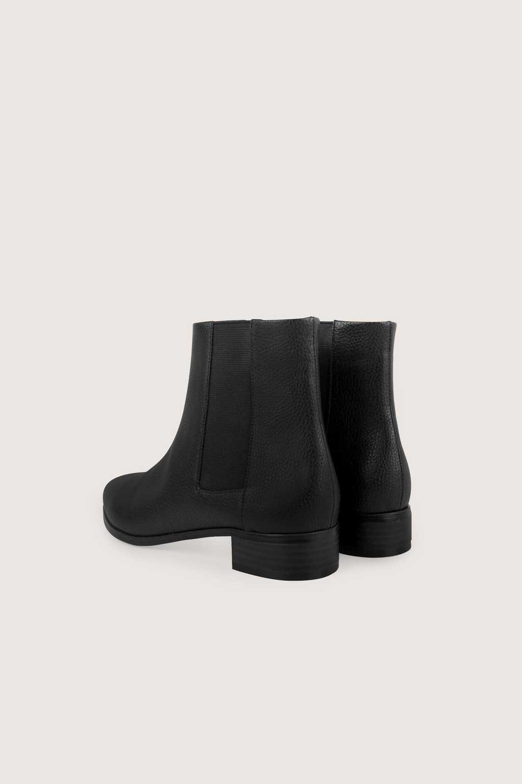 Chelsea Boot 1628 Black 4