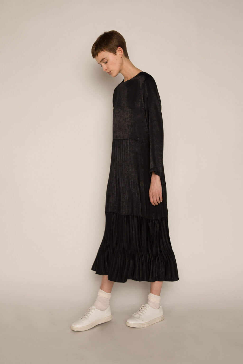 Dress H345 Black 1