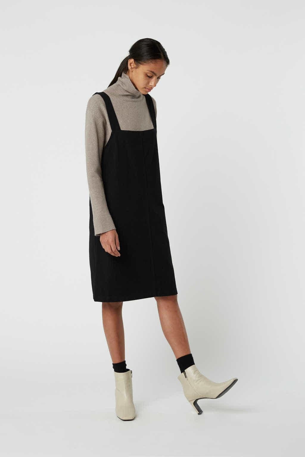 Dress J009 Black 1