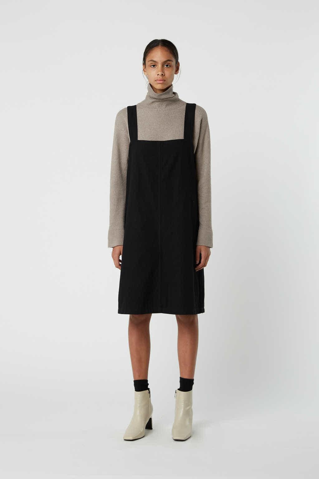 Dress J009 Black 3