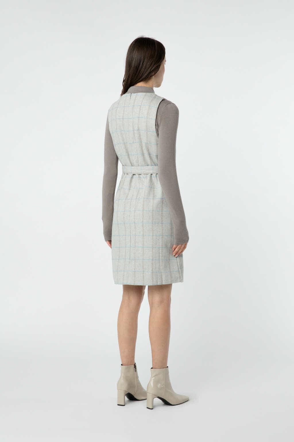 Dress J010 Beige 4