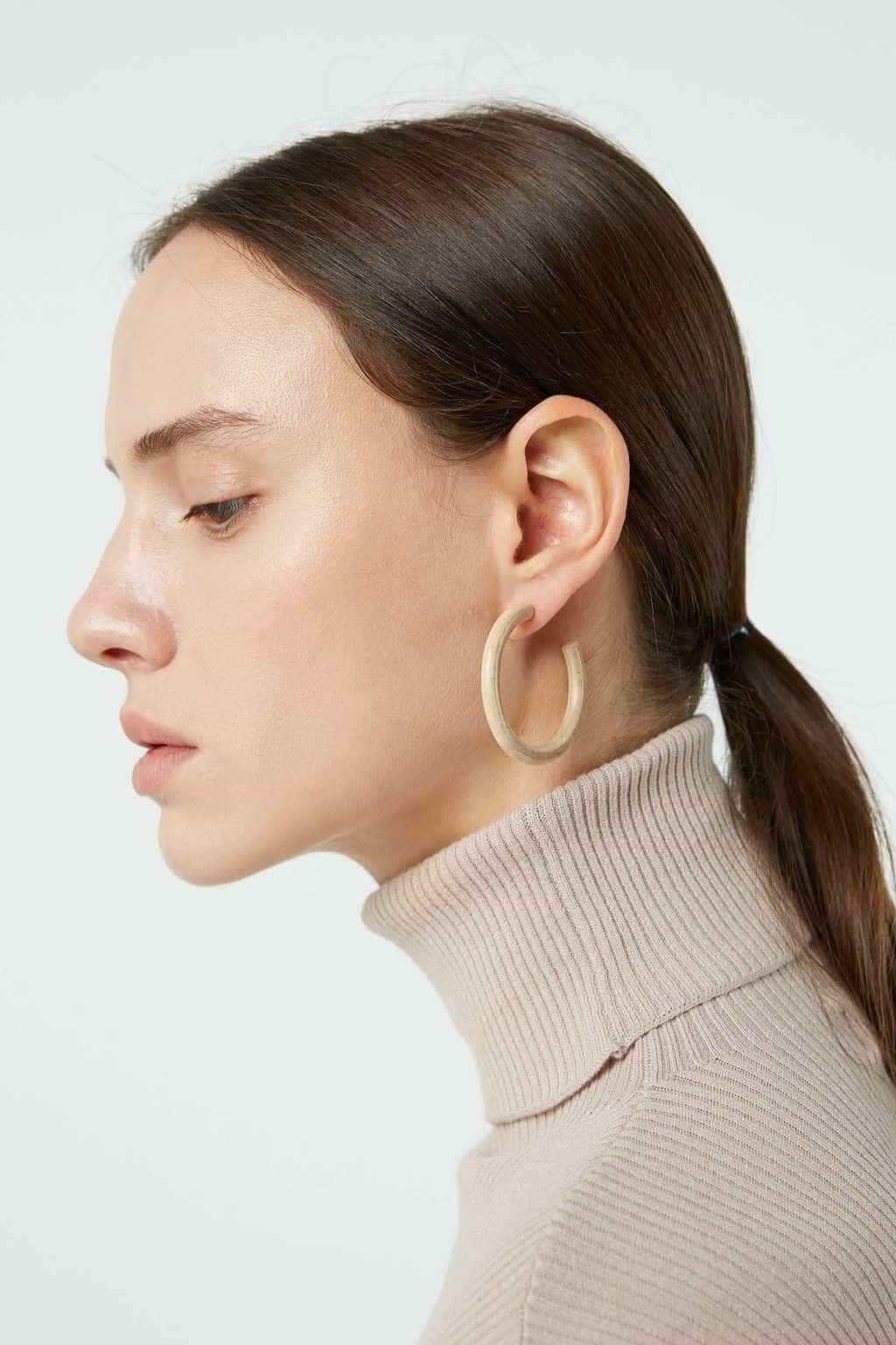 Earring H016 Beige 1