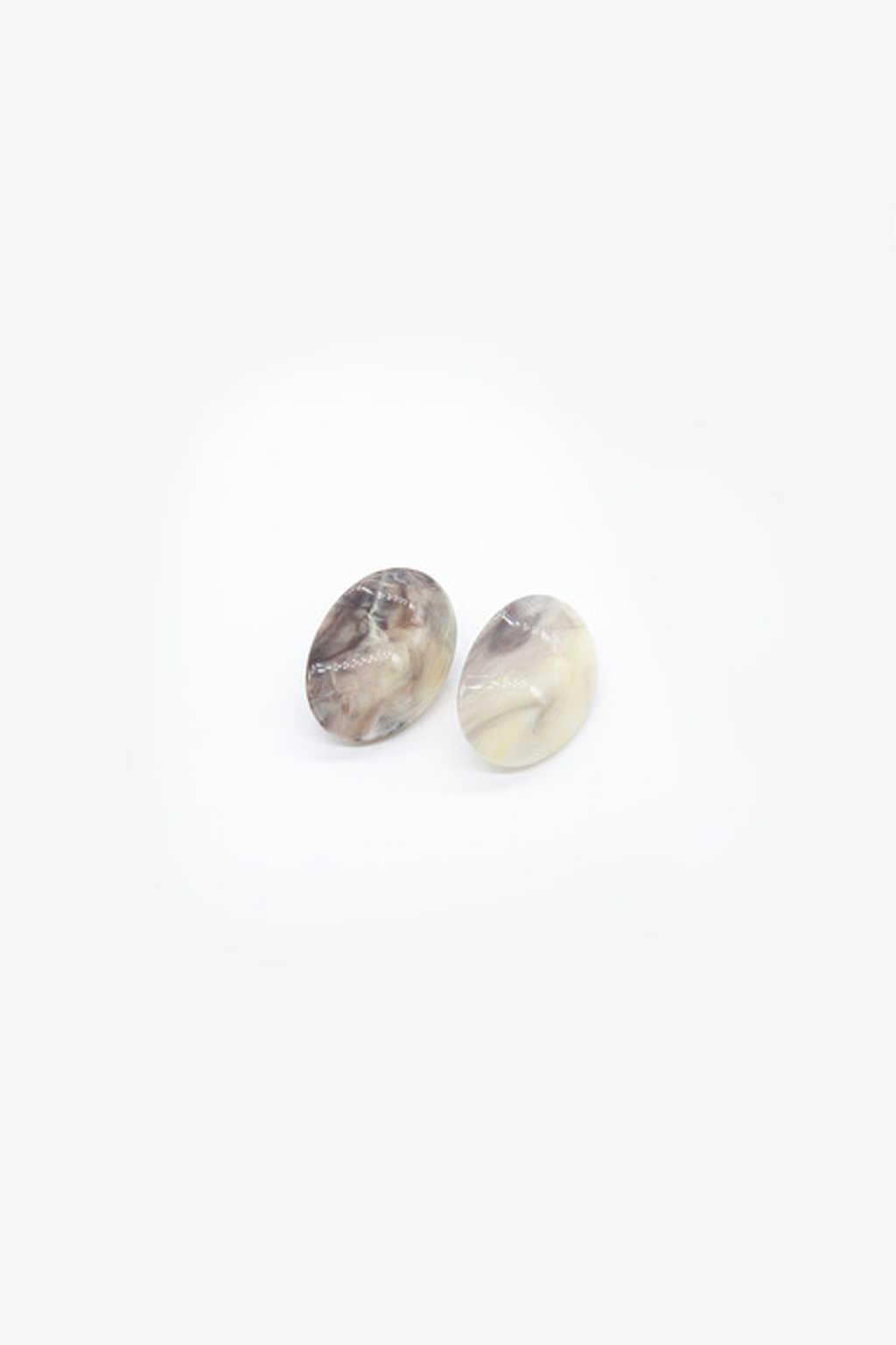 Earring H049 Cream 1