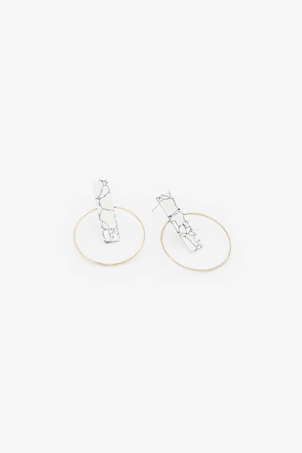 Earring H071 White 1