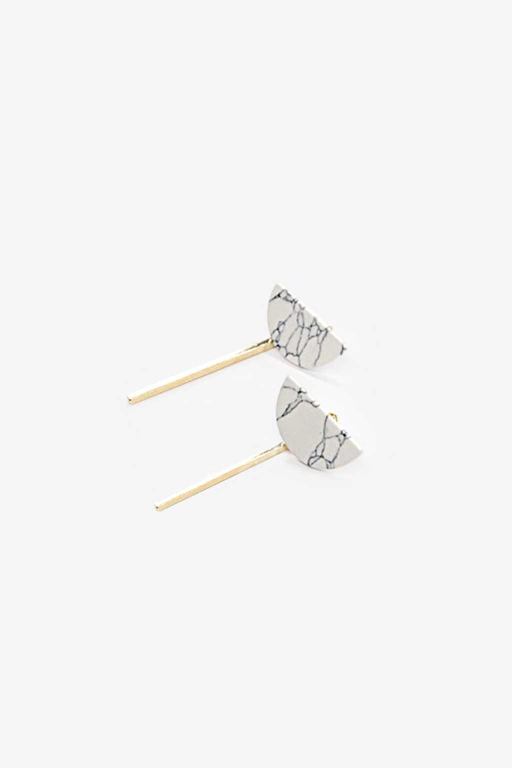 Earring H072 White 1