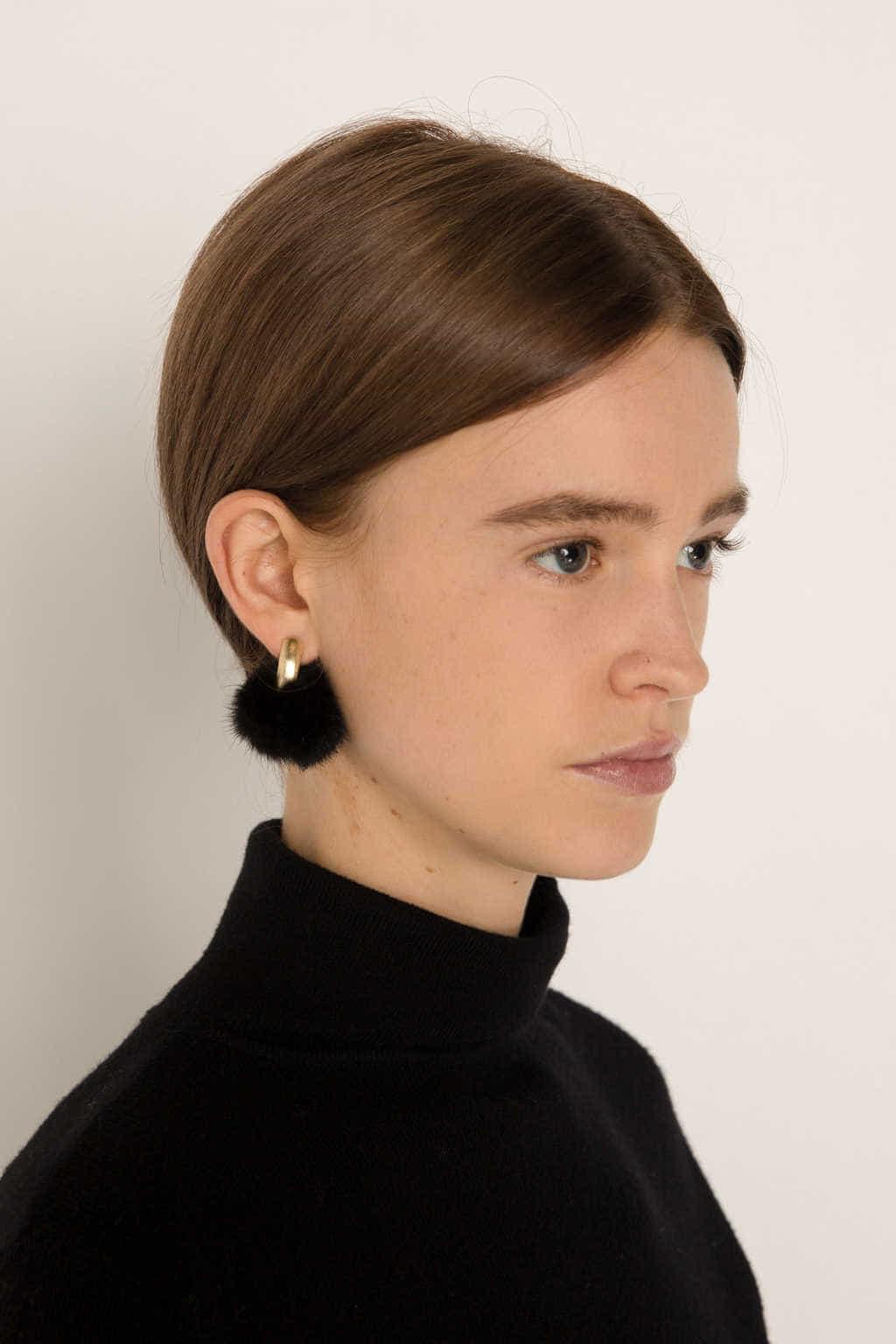 Earring H211 Black 10