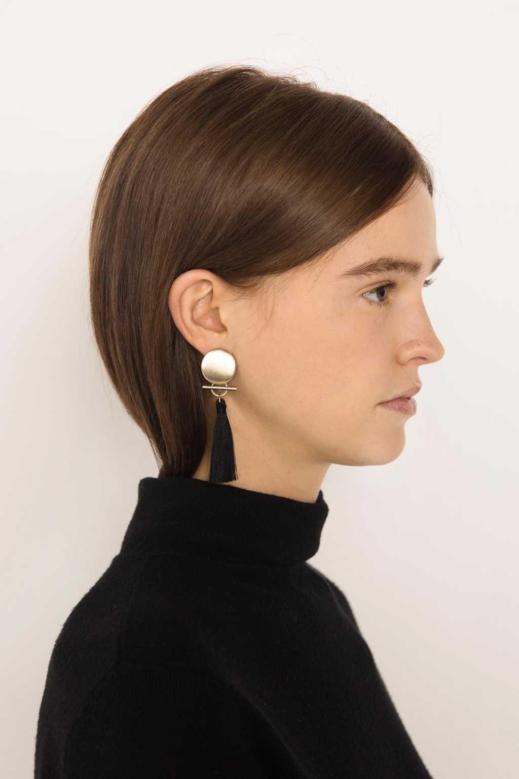 Earring H235 Black 10