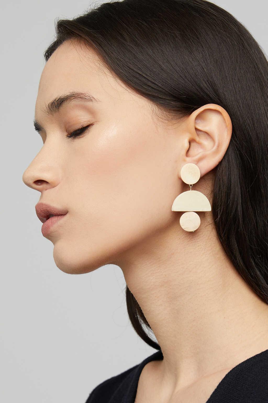 Earring K001 Beige 1
