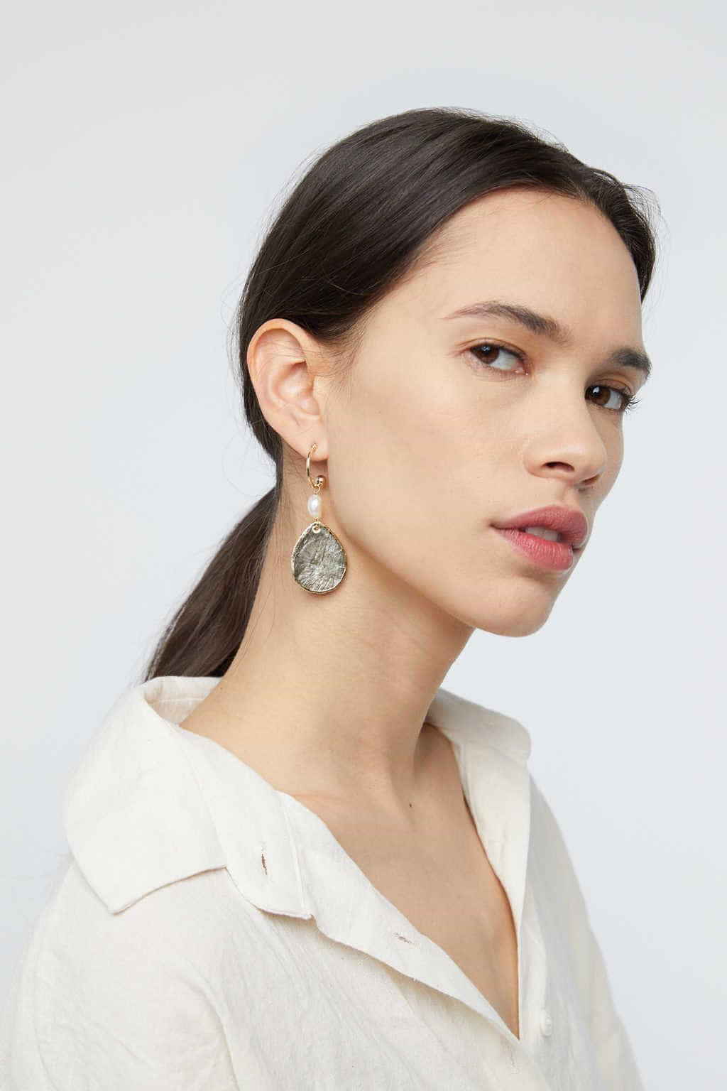 Earring K006 Gray 1