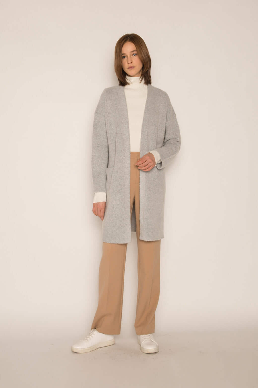 Feather Cardigan 1550 Gray 3
