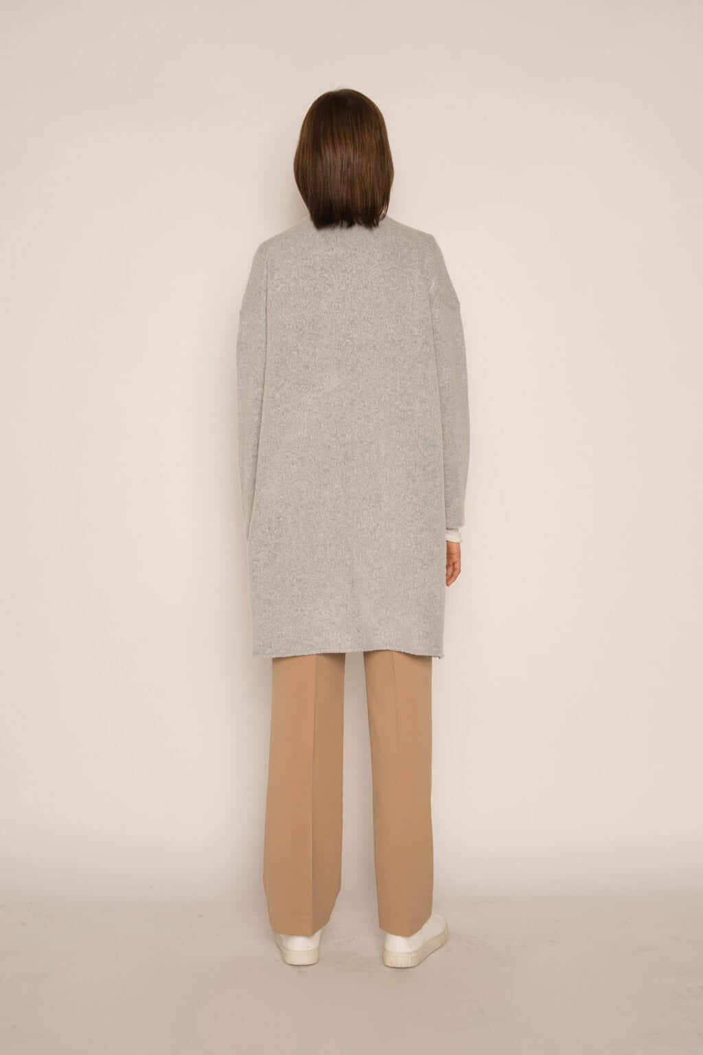 Feather Cardigan 1550 Gray 4