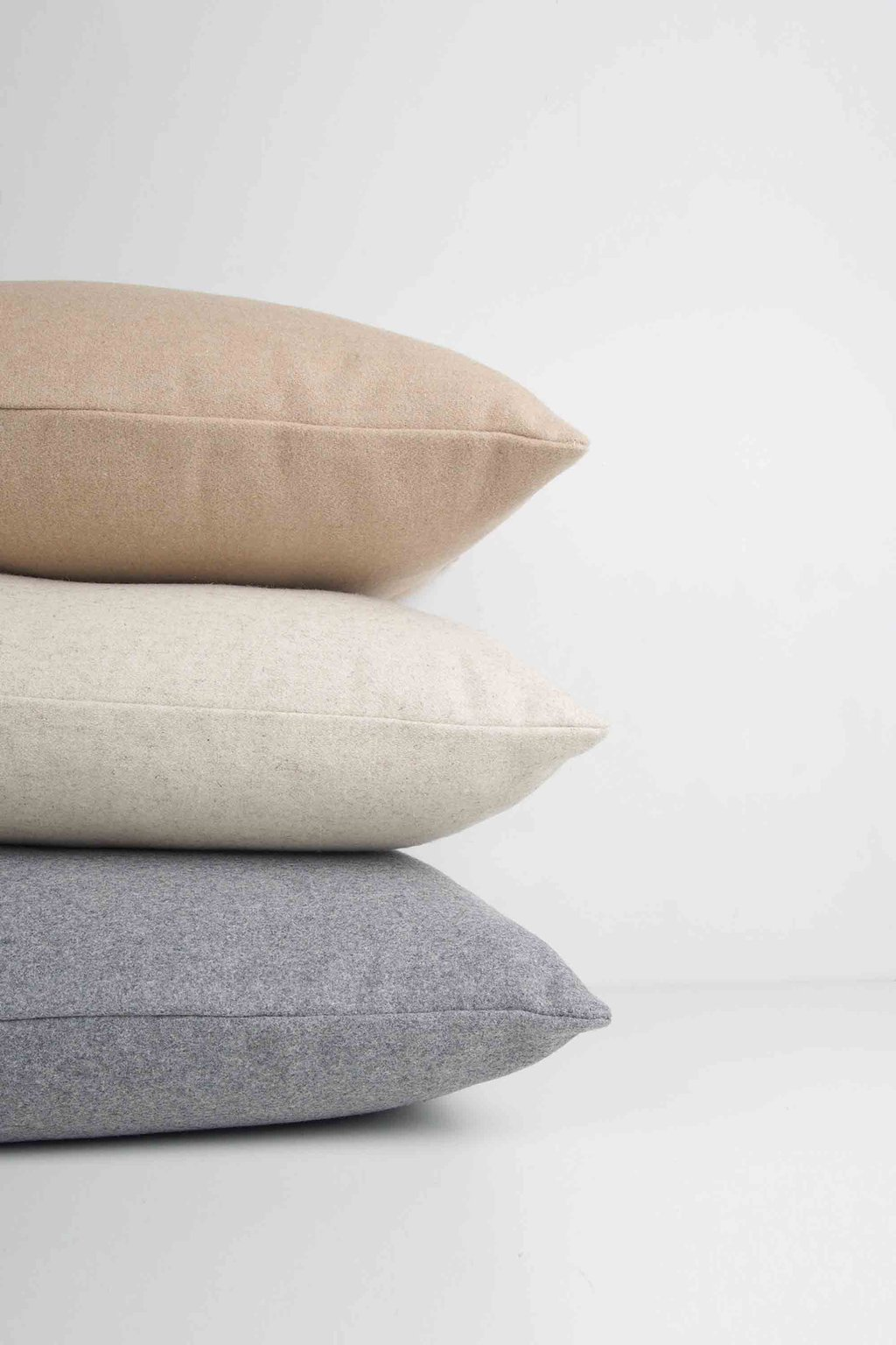 Felt Throw Pillow 2336 Oatmeal 1