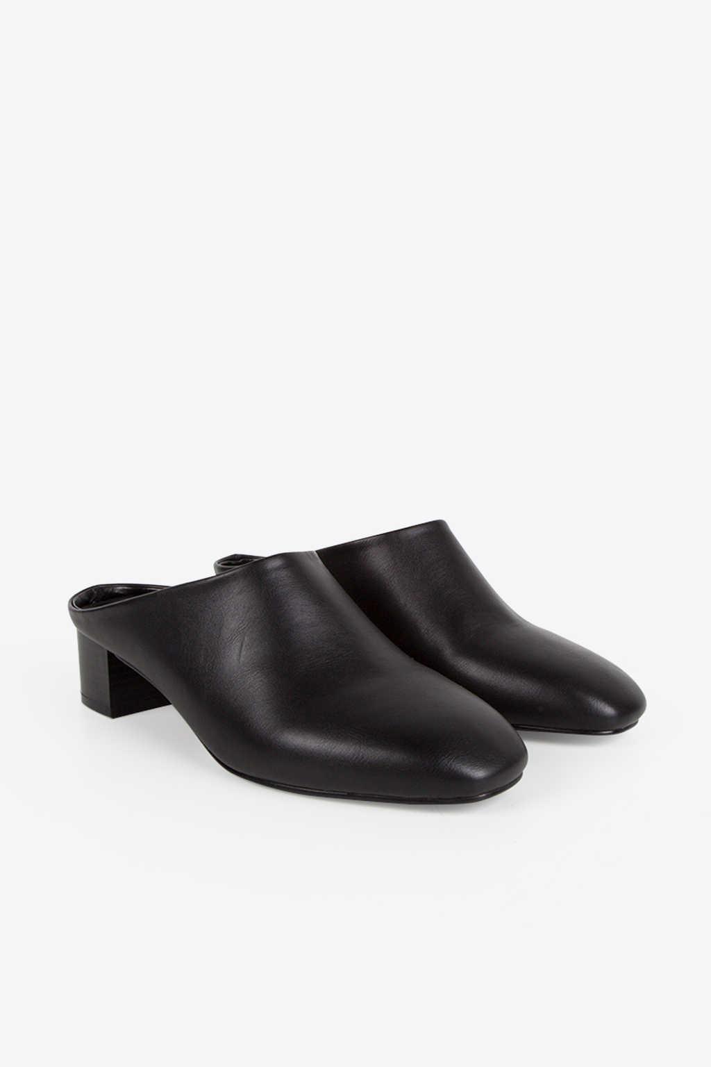 Mule 1261 Black 4