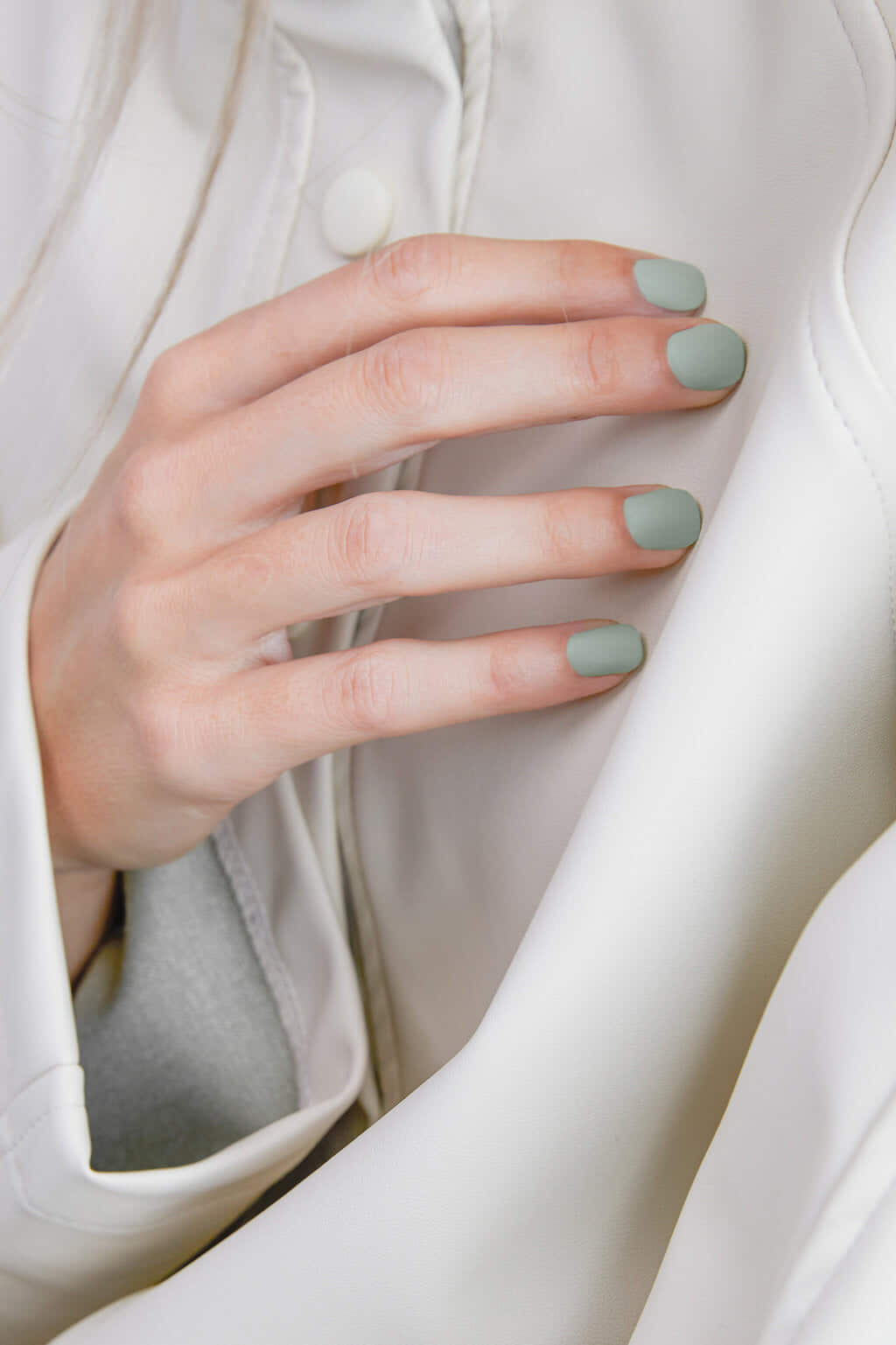 Nail Lacquer 3690 Clear 2