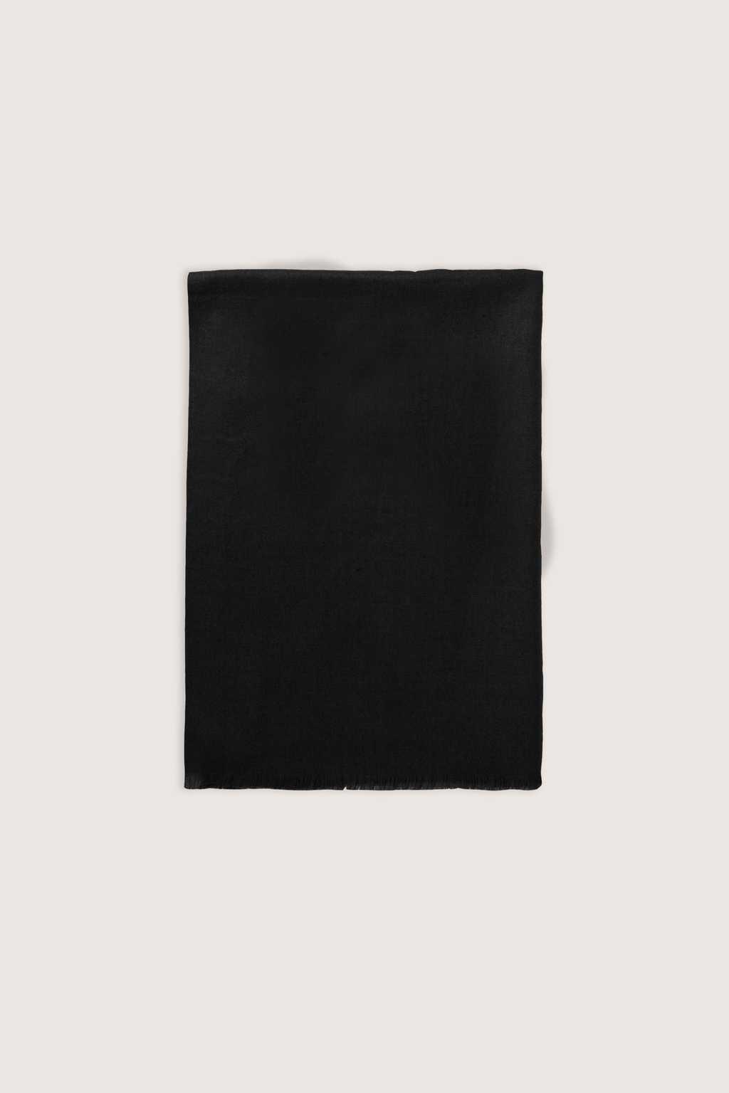 Scarf 1901 Black 4