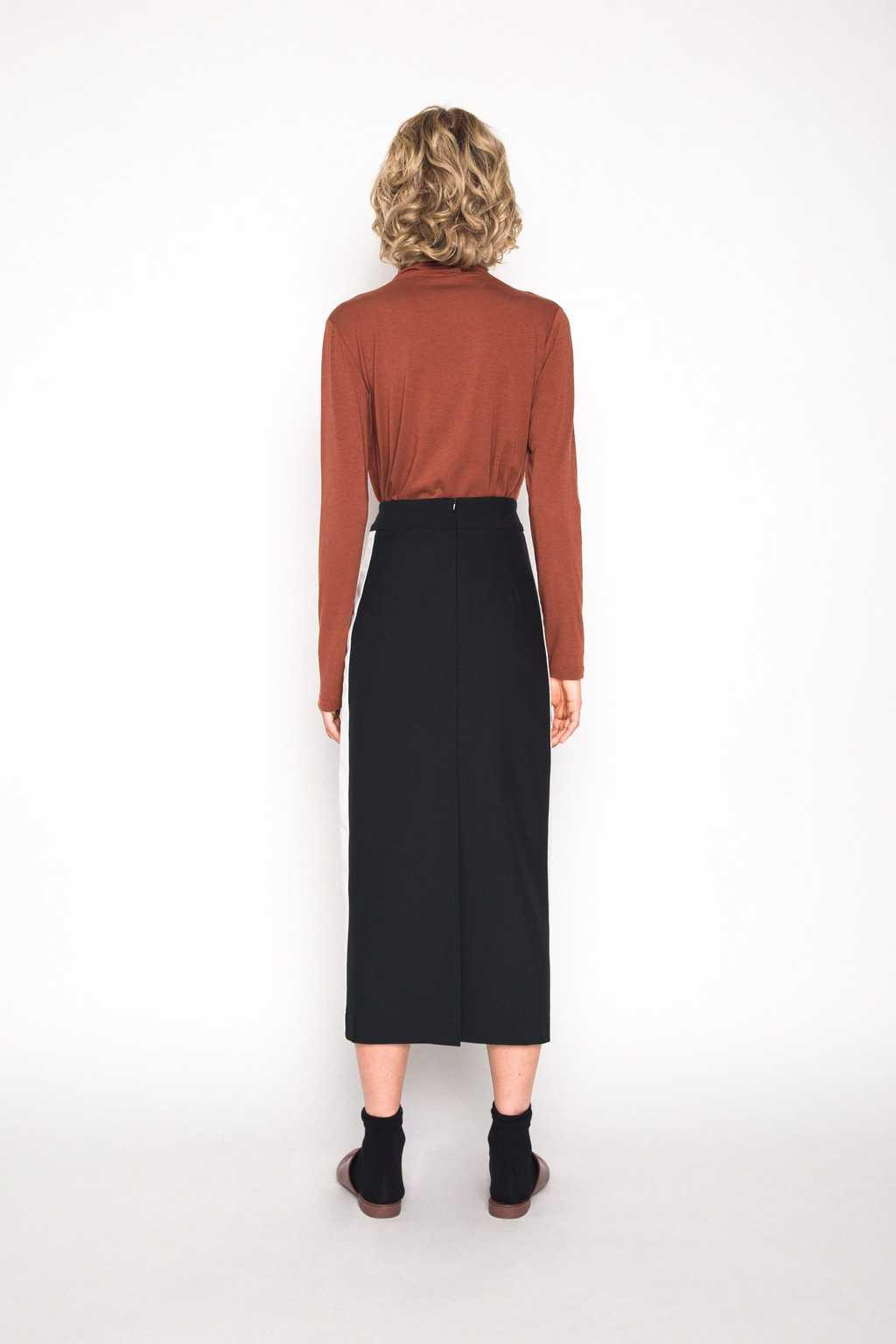 Skirt H079 Black 4