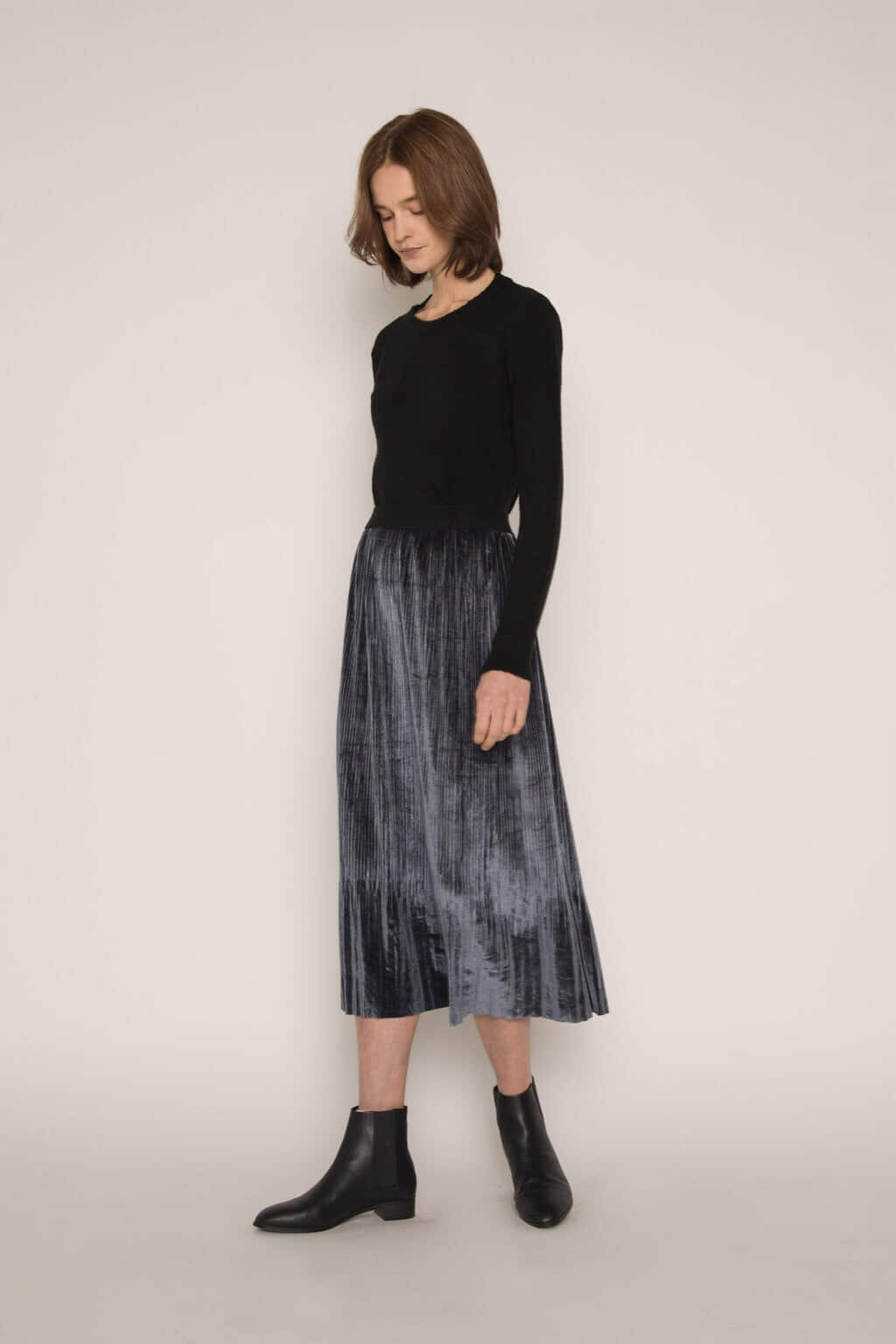 Skirt H147 Dark Navy 2