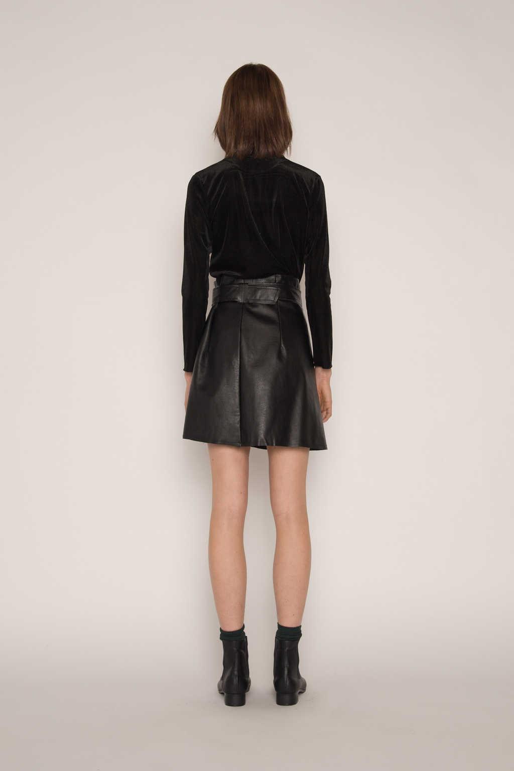 Skirt H152 Black 4