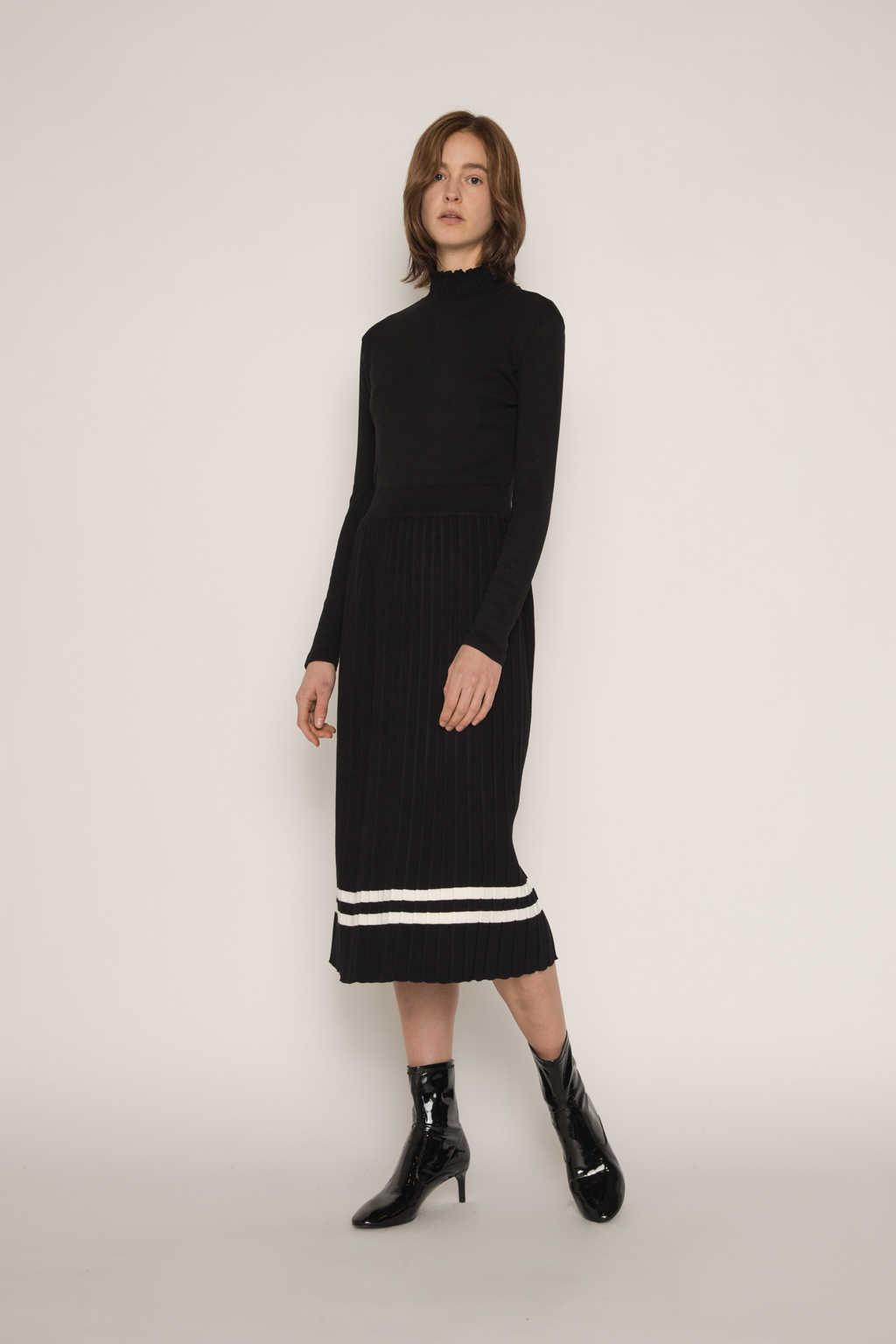 Skirt H164 Black 1
